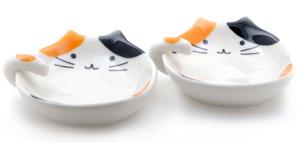 Lucky Cat dishes & spoon rests X2